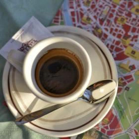 Fil Rouge Café italien à Rome